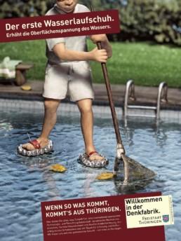 Konzeption von Printanzeigen mit Illustrations-Umsetzung für den Wasserlaufschuh. Anzeigen- und Outdoor-Werbung für das Bundesland Thüringen.